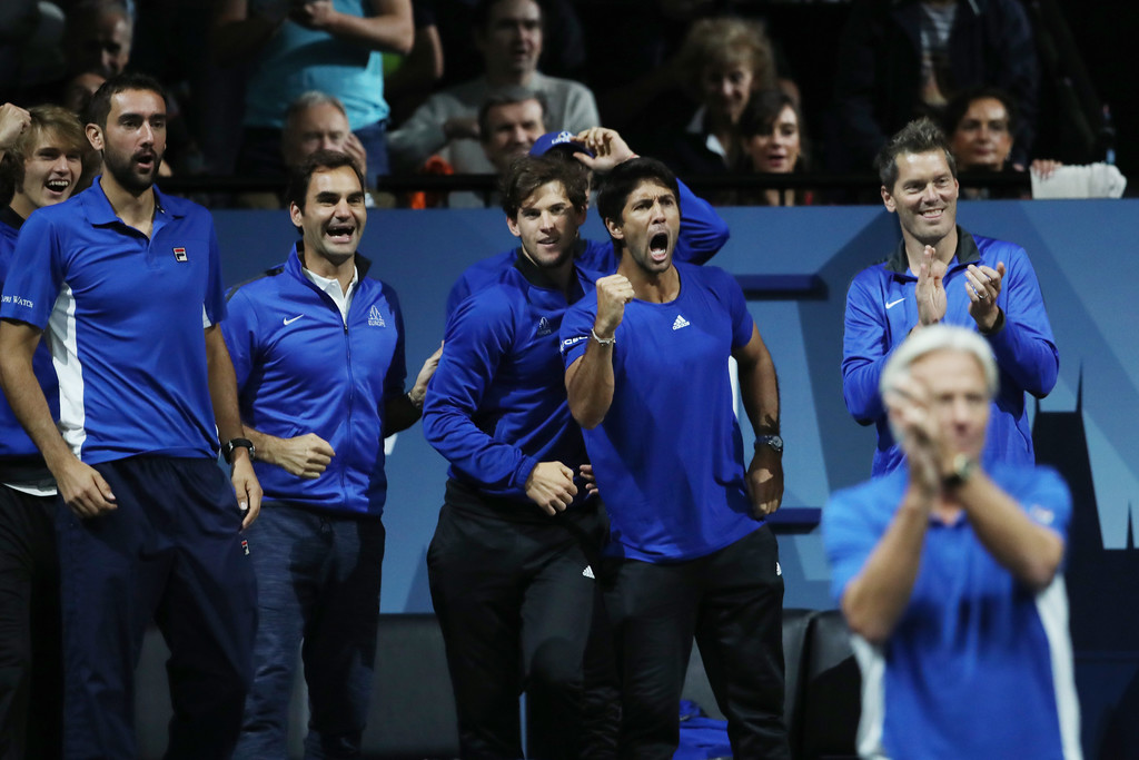 Roger Federer And His Teammates Cheer On Rafael Nadal At 2017 Laver Cup 1 Rafael Nadal Fans